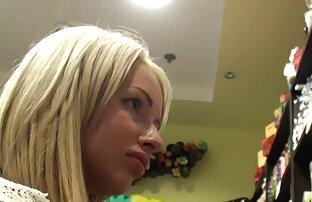 Sabrina jav 18 hd cho thấy cô ấy tàn bạo cắt kéo trên Anto